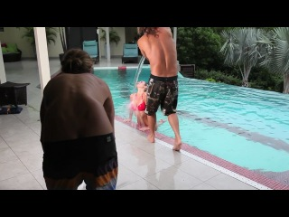 BEHIND THE SWIM 2011 push-ups - �������� ������ ���������!